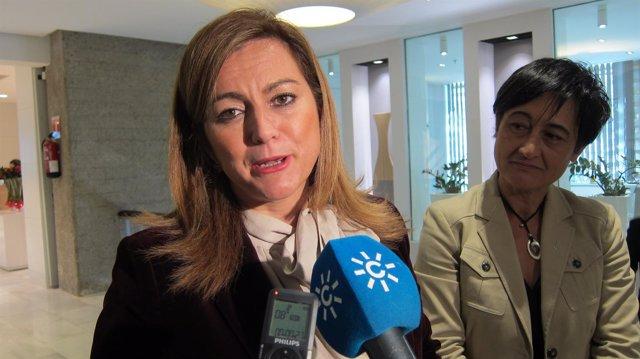 La consejera andaluza María Jesús Serrano