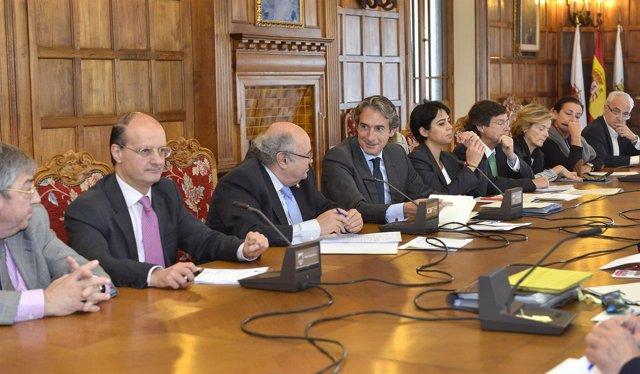 Reunión Ayuntamiento-equipo rectoral