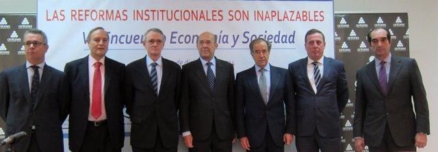Círculos de empresarios en Sevilla.