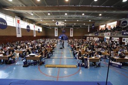 La IV edición del Young Business Talent busca al mejor empresario virtual de España de entre 7.500 jóvenes