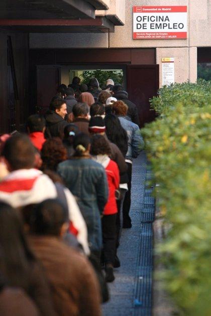 La cifra de parados en Andalucía baja en 9.571 personas en noviembre hasta los 1.034.584 desempleados