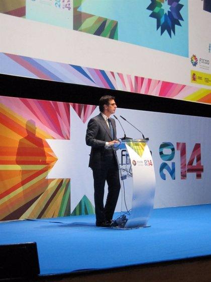 """Soria dice que las empresas tendrán una nueva subasta de interrumpibilidad """"en las mismas condiciones"""""""