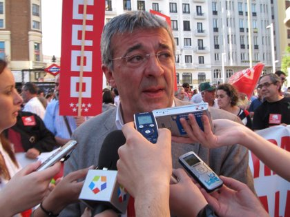 Gregorio Gordo pone su cargo a disposición de la dirección de IU