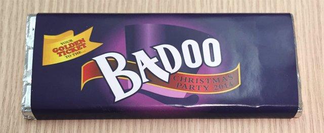 Invitación a la fiesta de Navidad de Badoo