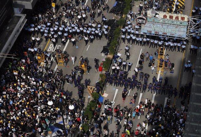Protestas en hong kong desalojan el campamento