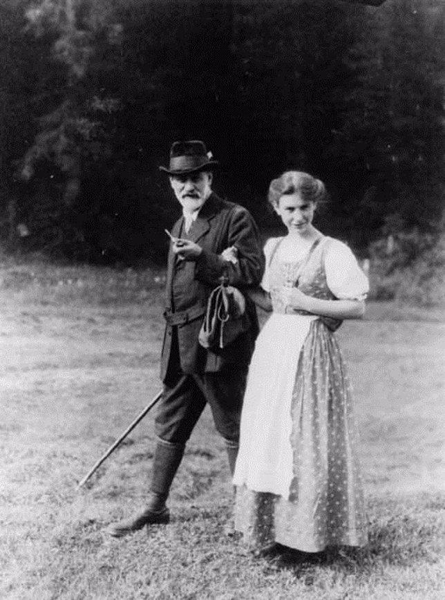 Sigmund y Anna Freud