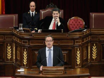 CiU augura que el PSOE tendrá que elegir entre el PP o Podemos, pero ve prematuro hablar de 'gran coalición'