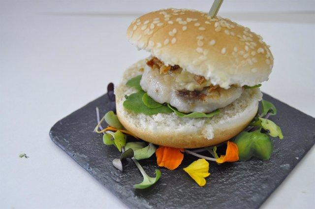 Minihamburguesa elaborada con restos cárnicos de pescado