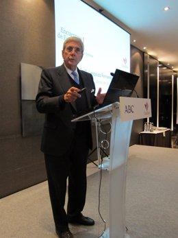 El presidente de Jazztel, Leopoldo Fernández Pujals, durante su conferencia