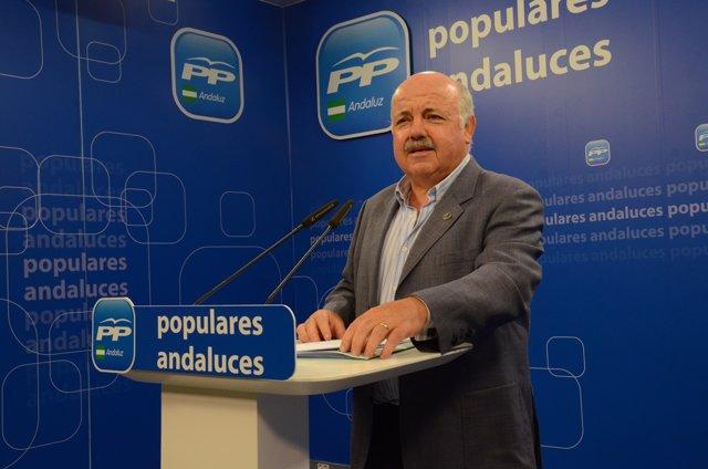 El portavoz de Sanidad del PP en el Senado, Jesús Aguirre