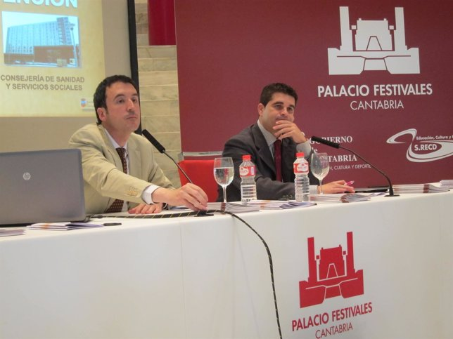 José Luis Blanco y Carlos León, en rueda de prensa