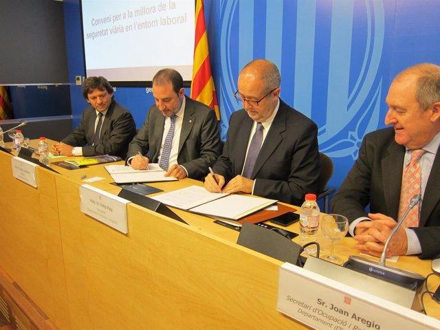 J.J.Isern (SCT),consellers R.Espadaler y F.Puig, J.Aregio (secr.Empleo Govern)