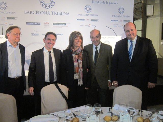 J.Ramoneda, J.Giró(Caixa), N.Marín(alcaldesa Hospitalet), M.Roca, P.Herrera(AED)