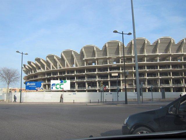 Imagen del nuevo campo del Valencia en construcción