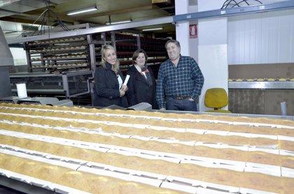 Casa El Macho incorpora nueva máquinas a la fabricación de sobaos