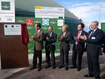 Cerdá destaca la colaboración público-privada para cumplir con los objetivos de reciclado y valorización de residuos