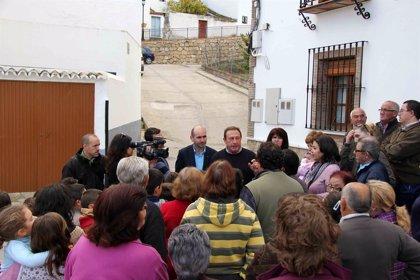 El PSOE solicita a la Diputación una ayuda extraordinaria para Serrato, nuevo municipio de Málaga