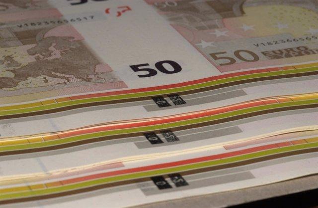Recursos de billetes. Dinero. Euros
