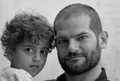 David Segarra retrata en un libro de fotografías la vida y resistencia de los habitantes de Gaza