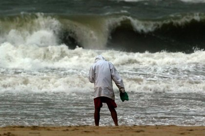 La inminente llegada del tifón 'Hagupit' a Filipinas obliga a tomar las primeras medidas de evacuación