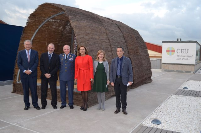 CEU y Airbus colaboran en el diseño de viviendas de emergencia humanitaria