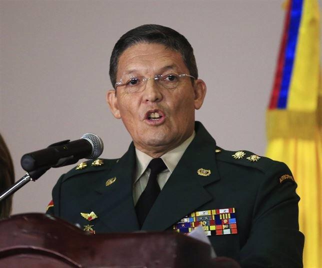 El general Darío Alzate, tras su liberación.