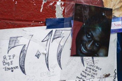 La Justicia de Nueva York no imputa a un policía que ahogó a un detenido negro