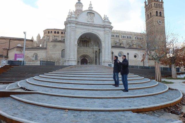 Beamonte y Arrechea han visitado este viernes los accesos a la Catedral