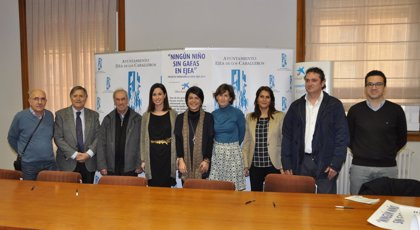 La Obra Social 'la Caixa' y el Ayuntamiento de Ejea impulsan el proyecto 'Ningún niño sin gafas'