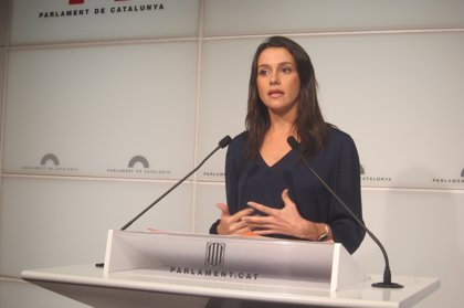 Arrimadas (C's) critica que el PP quiera promover un gobierno de partidos no independentistas
