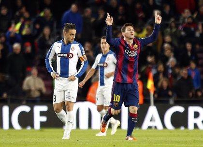 Messi voltea y finiquita el derbi ante el Espanyol