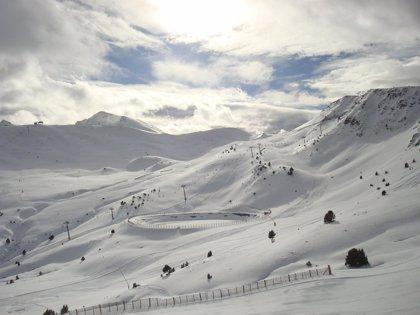 Grandvalira recibe 17.000 esquiadores durante el puente