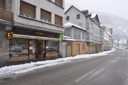 Seis carreteras de la provincia de Huesca requieren del uso de cadenas por nieve en la calzada