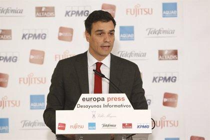 """Sánchez insiste en que no habrá una gran coalición con el PP y niega """"contactos discretos"""" entre ambos partidos"""