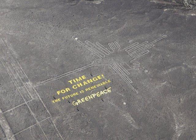 Greenpeace protesta en Nasca (Perú)