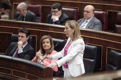Pastor defiende que el Gobierno está actuando para prevenir nuevas inundaciones en la estación del AVE de Girona