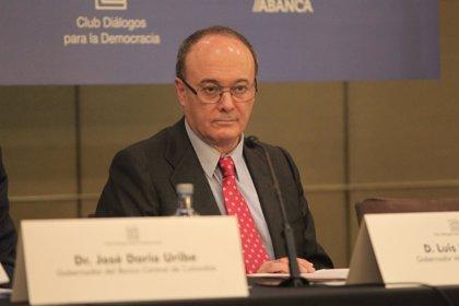 Economía/Finanzas.- Linde descarta que el informe de los peritos sobre Bankia afecte a las reformas en la supervisión