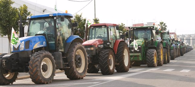 Tractorada en Isla Mayor (Sevilla).