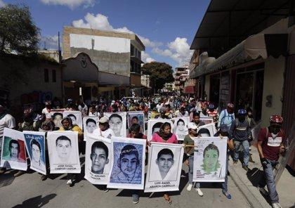Armas alemanas, italianas y de EEUU, utilizadas en ataque a 'normalistas' de Iguala