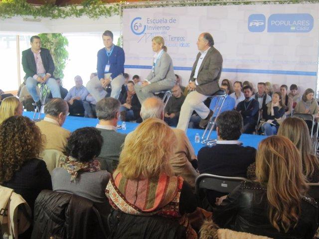 Rojas, el segundo por la izquierda, en la Escuela de Invierno del PP de Cádiz