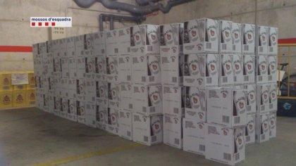 Detenido por robar más de 2.000 botellas de licor de un camión en la AP-7