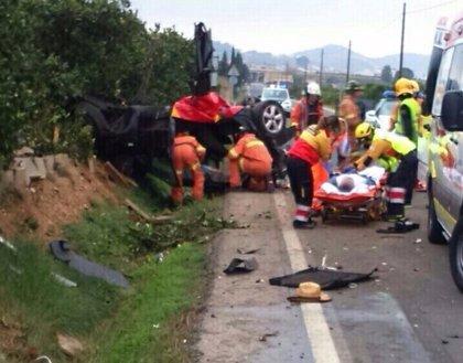 Seis personas heridas en dos accidentes de tráfico en Llaurí y Algemesí