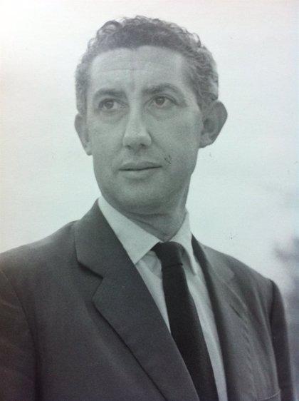 La  UV reivindica la figura del escritor exiliado José Ricardo Morales