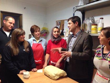 Ayuntamiento de Cuenca y Cáritas favorecerán la inserción laboral mediante la puesta en marcha de un horno de pan