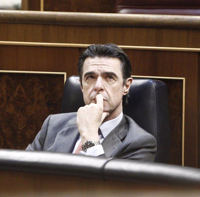 José Manuel Soria, ministro de Industria, en el hemiciclo
