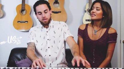 Vídeo: Todos los éxitos pop del año en 2 minutos