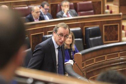 El PSOE pide la comparecencia urgente de Alfonso Alonso para explicar sus planes sobre la hepatitis C