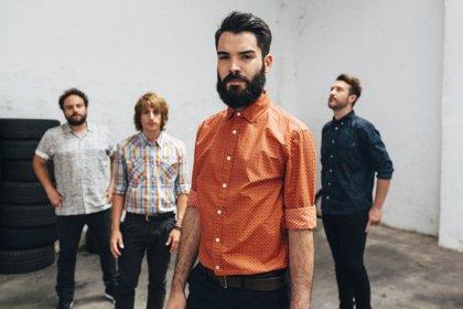 Supersubmarina presenta videoclip en concierto de Puta Vida
