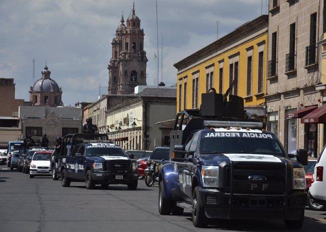 Policía en Michoacan (México) tras ataques a energía por narcos