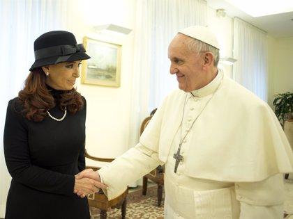 Fernández de Kirchner y Bachelet visitarán al Papa Francisco en enero